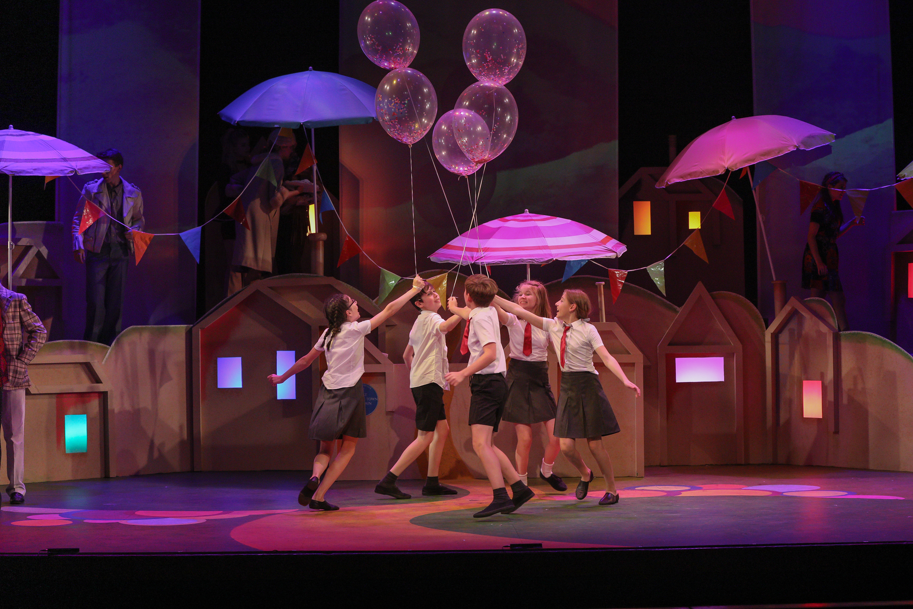 Fifth Former performs with the prestigious Youth Music Theatre